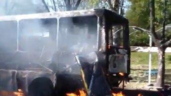 Снаряд попал в остановку общественного транспорта в Донецке