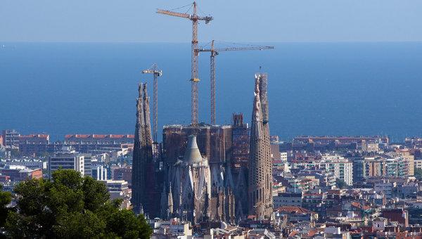 Барселона - вид на Храм Святого Семейства