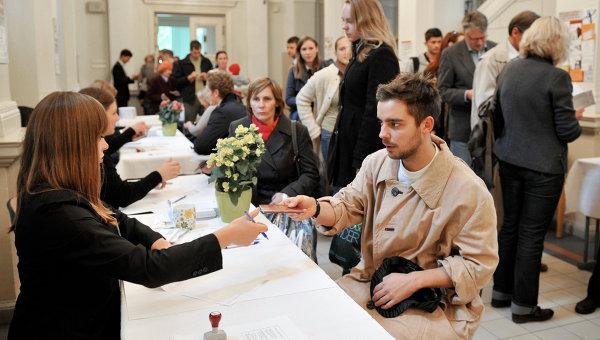 Голосование на парламентских выборах в Латвии