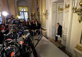 Постоянный секретарь отвечающей за присуждение награды Шведской академии Петер Энглунд
