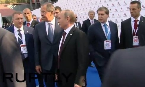 Путин попращался с участниками саммита. Видео