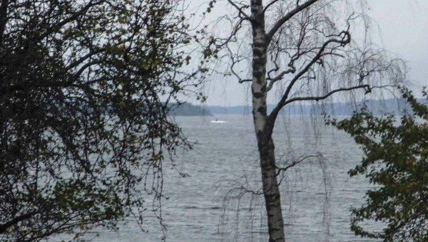 Объект в море недалеко от Стокгольма, Швеция