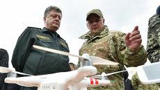 Петр Порошенко и Виктор Назаренко. Архивное фото