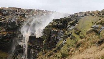 Перевернутый водопад. Видео