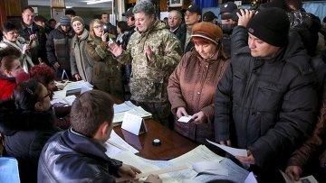Выборы в Раду: как голосовали первые лица страны