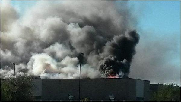 Самолет врезался в здание аэропорта города Уичито (штат Канзас)