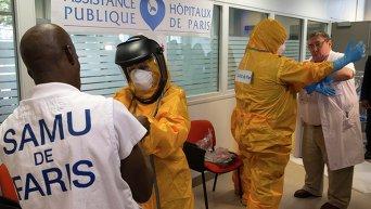 Распространение вируса Эбола в мире