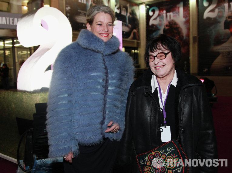 Керри Фокс и Кира Муратова (слева направо)
