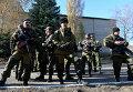 Ополчение Донецка готовится к обороне. Архивное фото
