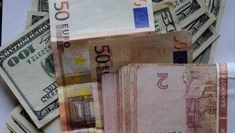 Гривны, доллары и евро