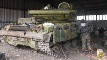 Военные показали базу по ремонту техники из зоны АТО. Видео