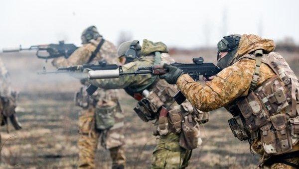 Тренировка отдельного отряда спецназначения Нацгвардии на военном полигоне в Харьковской области