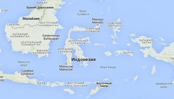 Индонезия (в центре)