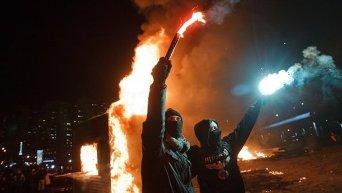 Жители киевских Осокорков сожгли стройплощадку