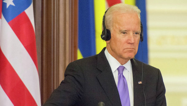Прежний вице-президент США: Украина погрязла вкоррупции