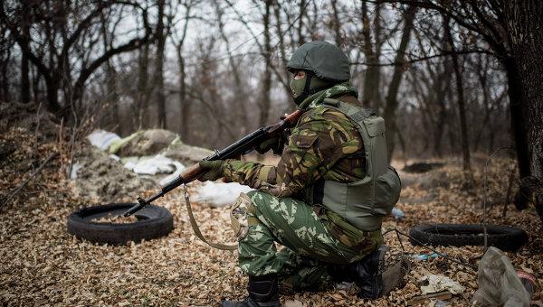 Украинский военнослужащий в Луганской области