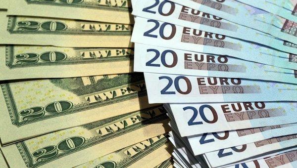 Доллары США и евро