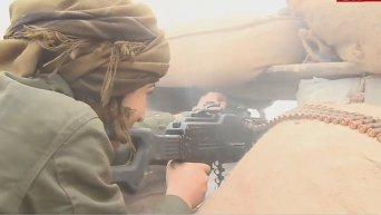 На передовой в сирийском Кобани сражаются курдские женщины. Видео