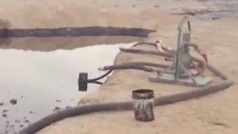 Утечка нескольких миллионов литров нефти произошла на юге Израиля. Видео