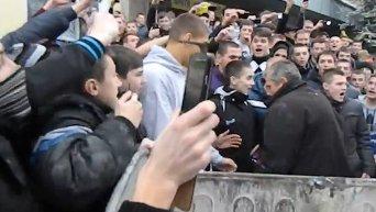 Бывшего директора училища в Тернополе кинули в мусорный бак