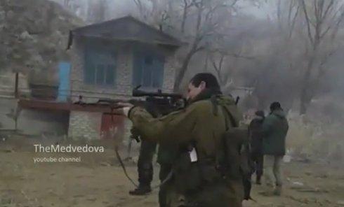 Ополченцы ДНР готовят пополнение. Видео