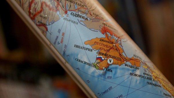 Политические карты, на которых Крым является частью территории РФ