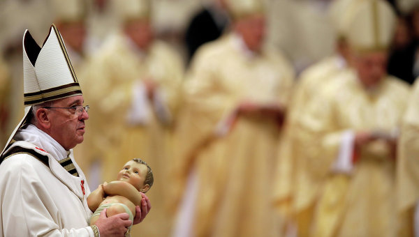 Папа Римский Франциск на Рождественском богослужении в Ватикане
