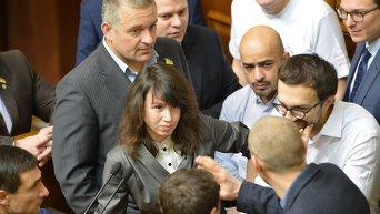 Депутаты пытались заблокировать Раду. Архивное фото