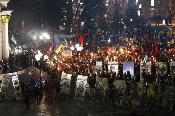 Факельное шествие сторонников Бандеры