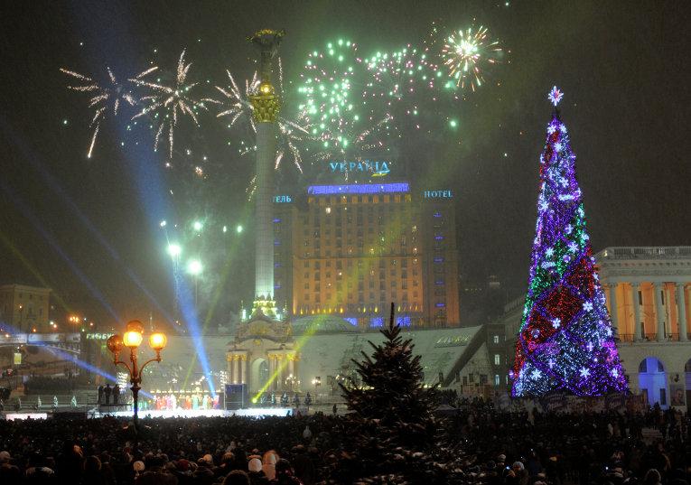 Новогодняя елка в Киеве. Декабрь, 2009 г