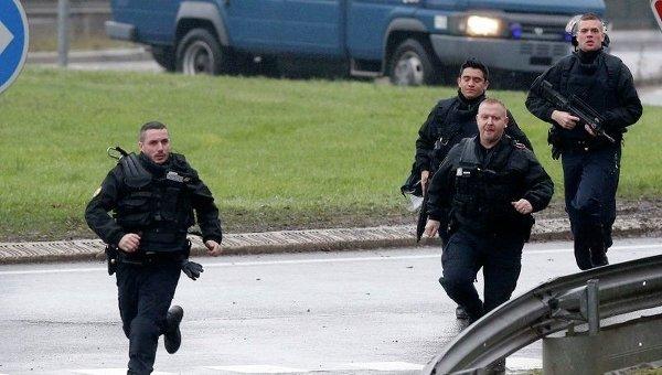 Спецоперация полиции под Парижем