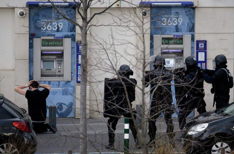 Захват заложников в пригороде Парижа