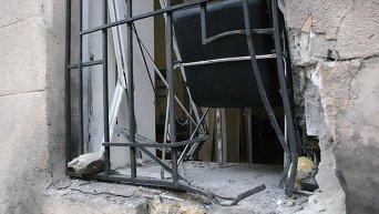 Взрыв у трехэтажного здания на пересечении улицы Троицкой и переулка Нечипуренко в Одессе