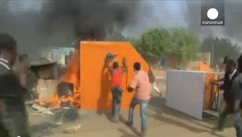 Нигер: демонстрации против карикатур привели к убийства и поджогам