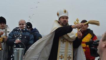 Православные христиане отмечают в четверг Крещение Господне