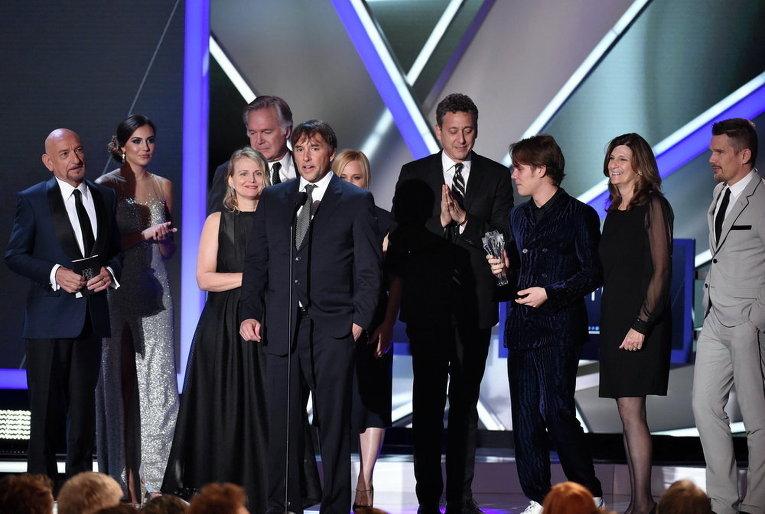 Ричард Линклейтер, актеры и съемочная группа фильма Отрочество на награждении премии Выбор критиков