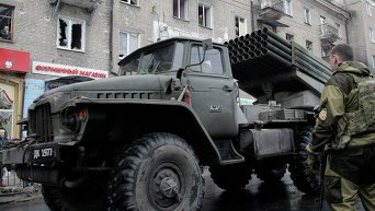 Ополчение в Донецке занимает новые позиции