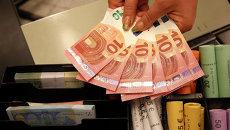 Деньги - евро