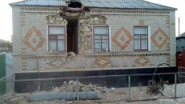 Последствия артобстрела в Луганске