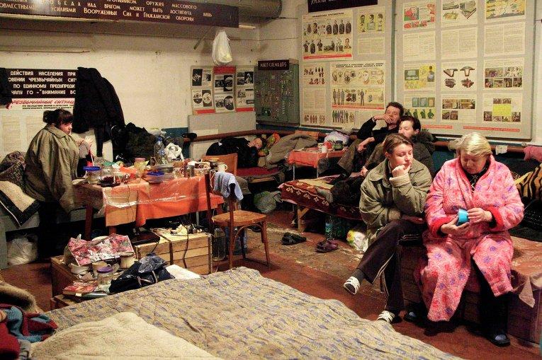 Жизнь в бомбоубежищах Донецка