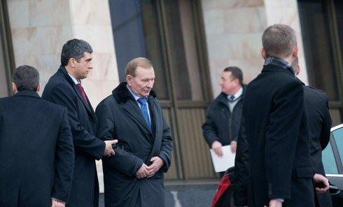 Экс-президент Украины Леонид Кучма перед началом переговоров контактной группы по Украине в Минске