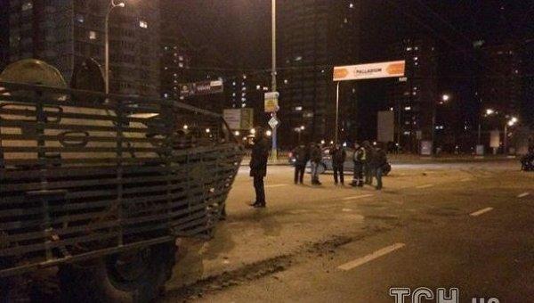 ДТП с БТР в Киеве