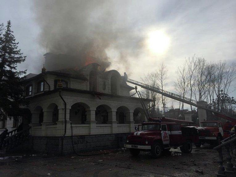 Пожар в трапезной Богоявленского кафедрального собора Горловки
