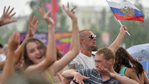 Граждане России. Архивное фото