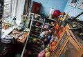 Последствия обстрела школы в Донецке