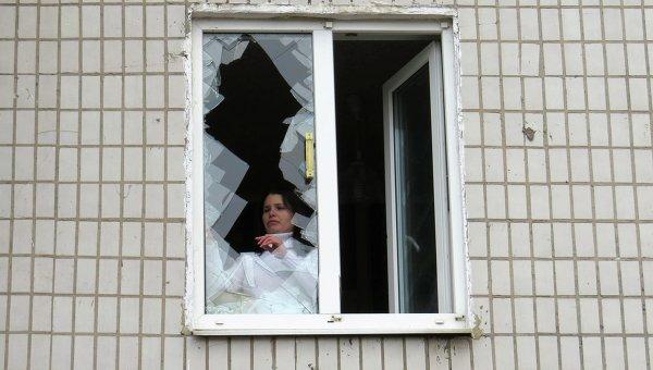 Последствия обстрела больницы в Донецке