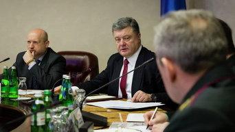 Александр Турчинов и Петр Порошенко. Архивное фото