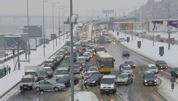 Перекрытый Мост метро в Киеве