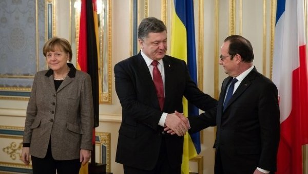 Петр Порошенко, Ангела Меркель и Франсуа Олланд