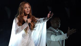 Певица Бейонсе на 57-ой церемонии Грэмми